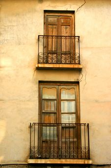 Free Old Spanish, Doors Royalty Free Stock Image - 4243156