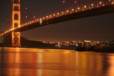 Free Golden Gate Bridge Golden Night Light Stock Image - 4243631