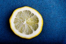Free Lemon Slice On Blue Royalty Free Stock Photos - 4248268