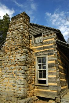 Free Log Cabin Stock Photography - 4260012