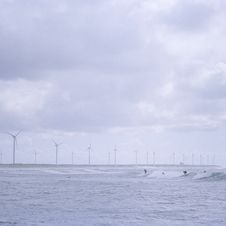 Free Surfing On New Energy Royalty Free Stock Photography - 4261327