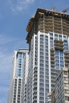 Free Apartment Building Under Construction Royalty Free Stock Images - 4263749