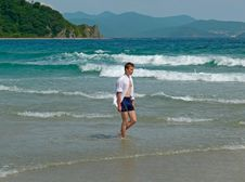Free Boy And Sea 3 Stock Photography - 4264922