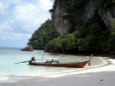 Monkey Beach, PhiPhi Island Royalty Free Stock Photography