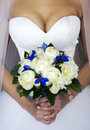 Free Hands Of A Bride With A Bouquet Stock Images - 42684924