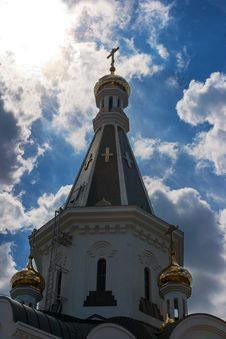 Free Church Of St. Alexander Nevsky With The Cloudy Sky Royalty Free Stock Photography - 42684967