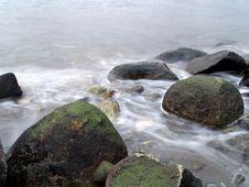 Free Water Rocks Stock Photos - 4271823
