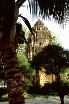 Free Khmer Temple Ruin Stock Photo - 4280870