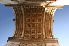 Free Arc De Triomphe From Bottom View Royalty Free Stock Photos - 4282448
