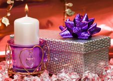 Free Violet Candle With Heart Royalty Free Stock Photos - 4285778