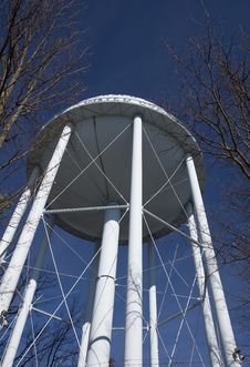 Free Blue Water Tower Royalty Free Stock Photography - 4287447