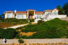 Free Modern Big House Stock Photography - 4289422