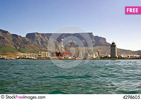 Free Panorama Of City Of Cape Town From The Bay Royalty Free Stock Photo - 4298605