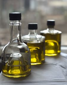 Free Three Bottles Of Olive Oil Stock Images - 4291634