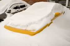 Free Car In A Snow. Royalty Free Stock Image - 4297386