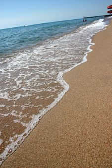 Free Sandy Coast Of Lake. Royalty Free Stock Photo - 4297775