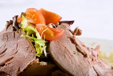 Free Beef Meat With Tomatoes And Greens On A Plate Royalty Free Stock Image - 4298166