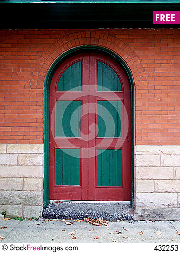 Free Green And Red Door. Stock Photos - 432253