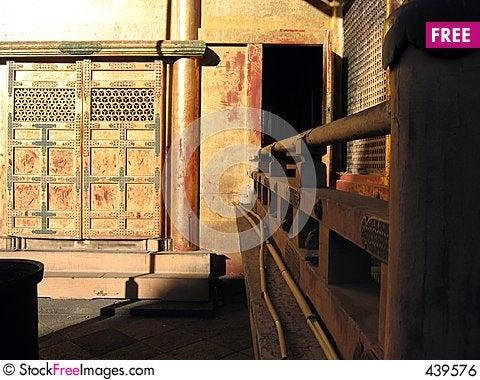 Free Golden Portal - Toshogu Shrine, Tokyo, Japan Royalty Free Stock Image - 439576