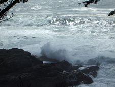 Free Waves Crashing Stock Image - 438811