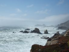 Free Waves Crashing 2 Stock Image - 438951