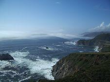 Free Waves Crashing On Rocks Stock Image - 439031