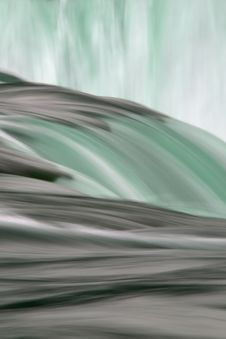 Free Niagara Falls Slow Flow Stock Photos - 4301043