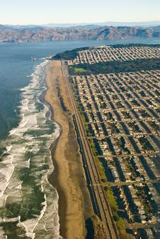 Free San Francisco Ocean Beach From Royalty Free Stock Images - 4303239