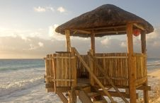 Free Lifeguard Tower Royalty Free Stock Photos - 4306318