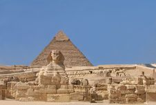 Free The Sphinx And The Chephren Pyramid Royalty Free Stock Photography - 4314177