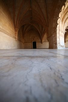 Free Door At Geronimos Monastery Royalty Free Stock Image - 4315536
