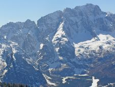 Free Snow In The Mountains Stock Photos - 4318243