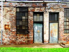 Free Deserted Doorways Royalty Free Stock Image - 4319306