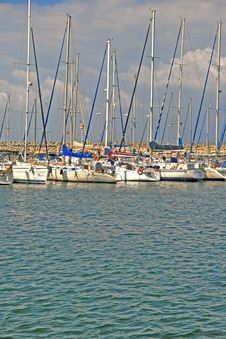 Free Yachts On Berth Royalty Free Stock Images - 4322689