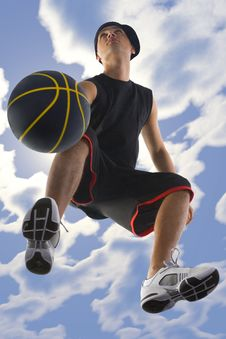 Free Dribbling Player Royalty Free Stock Images - 4323659