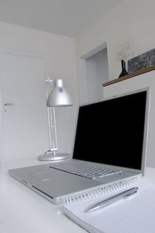 Free Computer, Cd-rom. Royalty Free Stock Photography - 4329807