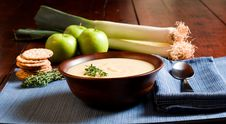Free Apple And Leek Soup Stock Photography - 4334252