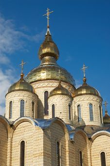 Free Golden Domes And Crosses Royalty Free Stock Photos - 4335148