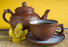 Free Tea Service With Orchids Royalty Free Stock Photos - 4339628