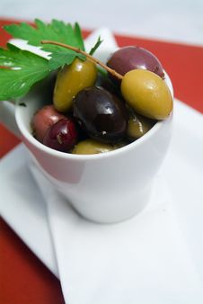 Free Olives In Bowl Stock Photo - 4342800