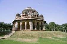 Free Mughal Architecture At Lodhi Gardens, Delhi Royalty Free Stock Images - 4344999