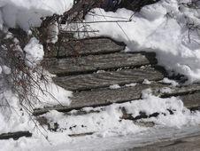 Free Snowy Bench Royalty Free Stock Photos - 4345268