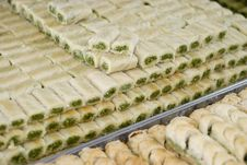 Free Arabic Sweets On The Tray Royalty Free Stock Image - 4346366