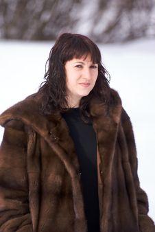 Free Woman In Fur Royalty Free Stock Image - 4346396