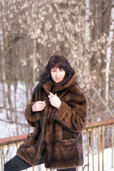 Free Woman In Fur Royalty Free Stock Photography - 4346787