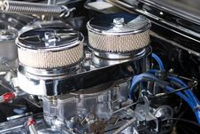 Free Twin Carburettors Stock Photography - 4350892