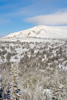 Free Alpine Slope Covered With Snow Stock Photo - 4351310