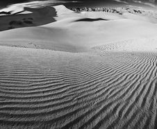 Free Sand Dunes Royalty Free Stock Photos - 4353798