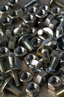 Free Bolts And Nuts Royalty Free Stock Photography - 4355097