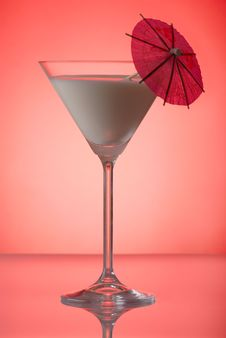 Free Milky Cocktail With Umbrella Stock Images - 4355354
